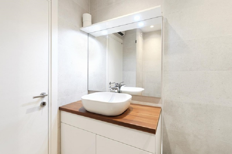 Choosing a Sink and Complimentary Fixtures that Highlight Your Bathroom
