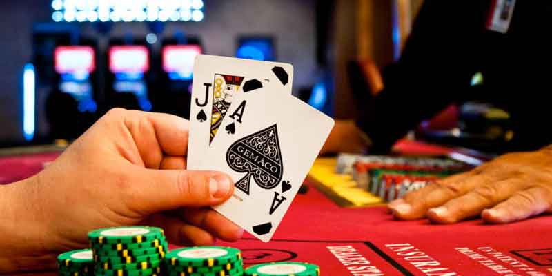Playing amidst the strict laws- Online Poker