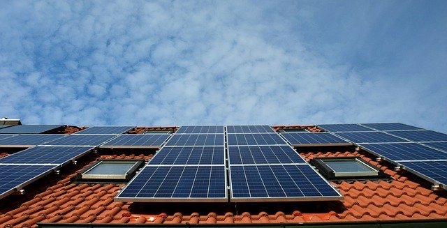 Top Tips On Choosing A Solar Tech System For Your Home