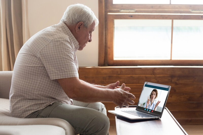 5 Great Ways Seniors Can Utilize Skype