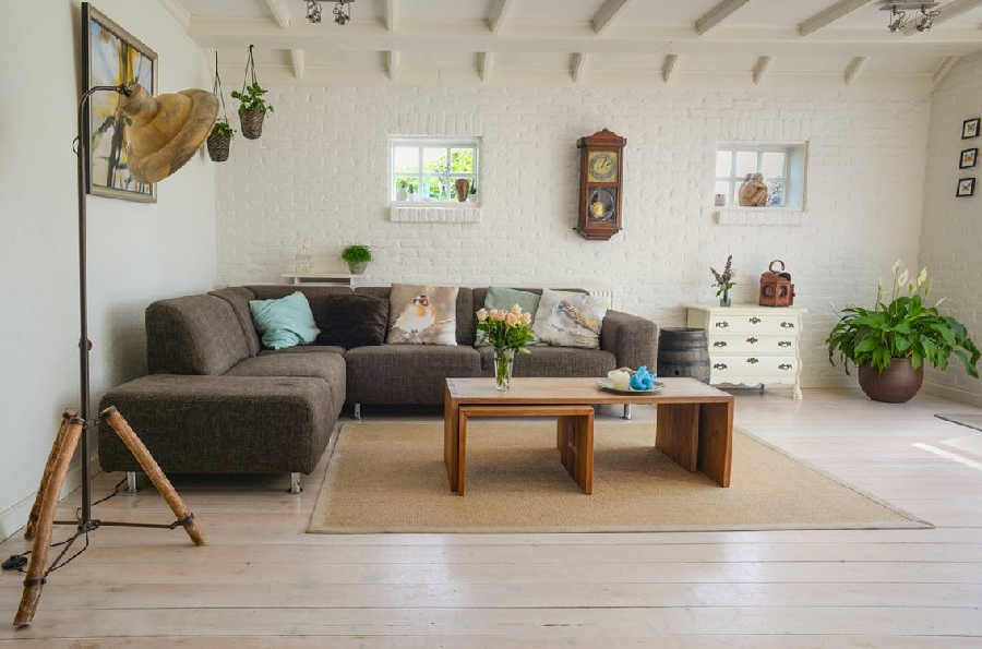 How to Buy Furniture to Accentuate Your Home