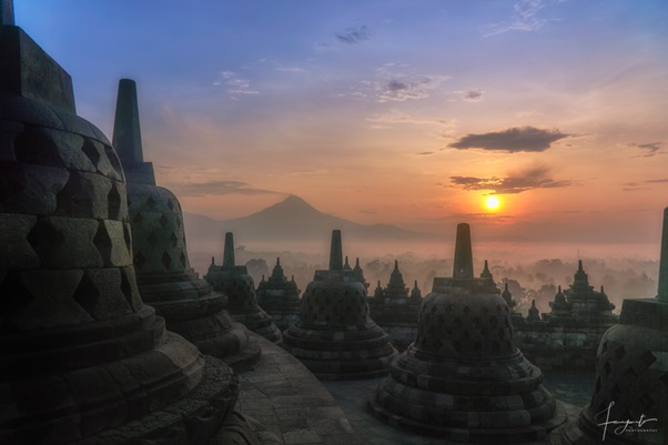 The Way from Yogyakarta to Borobudur You Must Take