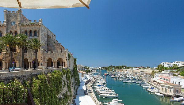 Traveling to Menorca? Quick tips on how to get the most out of it!