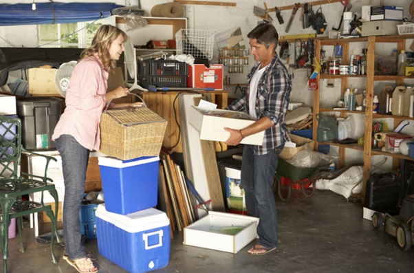 4 Reasons to Hire a Junk Removal Expert