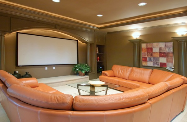 4 Factors to Consider When Building a Home Theater