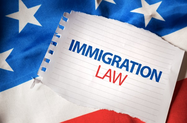 When Should You Consider Hiring an Immigration Lawyer